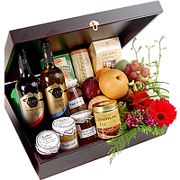 Attractive Spread The Cheers Holiday Gift Box<br/>