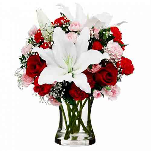 Mesmerizing Spirit of the Season Bouquet