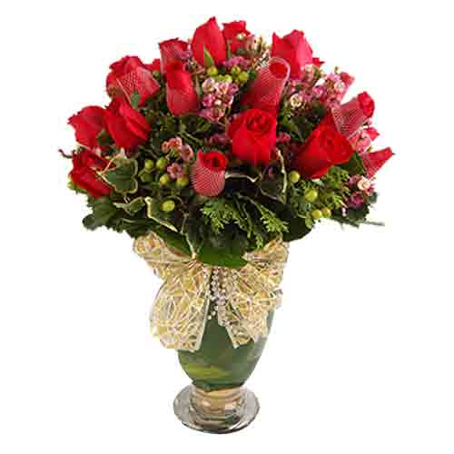 Glorious Arrangement of Red Roses in a Vase
