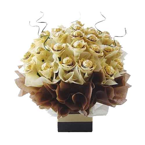 Classical Delicate Ferraro Rocher Chocolate Bouquet<br/>