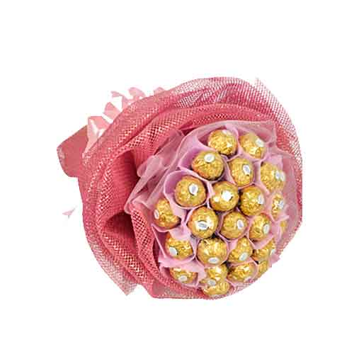 Toothsome Pink Rocher Chocolate Passion Bouquet<br/>