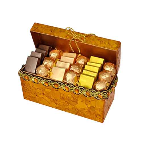 Satisfying Memorable Moments Chocolate Box