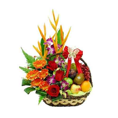 Classically Styled Sweet Sensations Fruit N Flower Basket