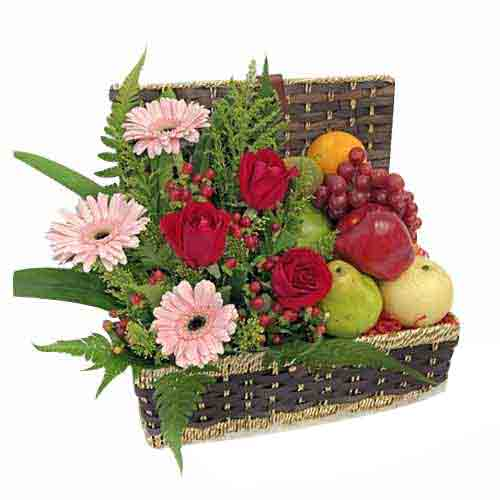 Flavorful Smile N Cheer Fruit Gift Basket