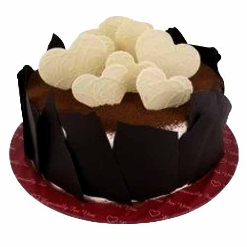 Voluptuous Tiramisu Cake in Heart Shape Design