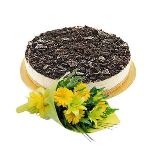 Lip-Smacking Oreo Nutty Cheese Cake with Holland Daisies Bundle