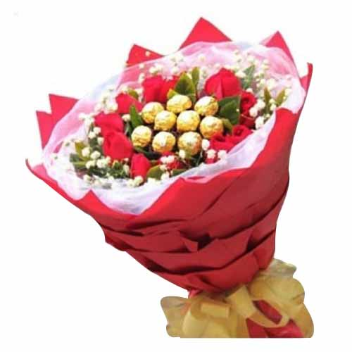 Artful Arrangement of 9 Ferraro Rocher with 12 Roses