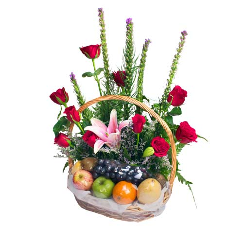 Magical Gift Hamper of Assorted Healthy Fruits with Floral Bouquet