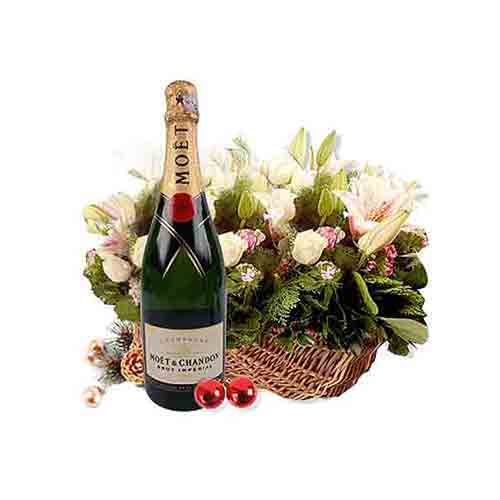 Graceful Arrangement of Champagne N Flower
