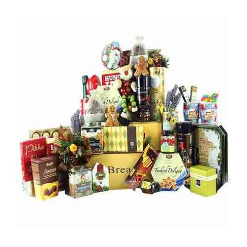 Enchanting Treat Me Right Gift Hamper