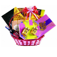 Captivating Royal Treatment Gourmet Hamper