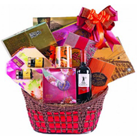 Juicy International Foodies Hamper