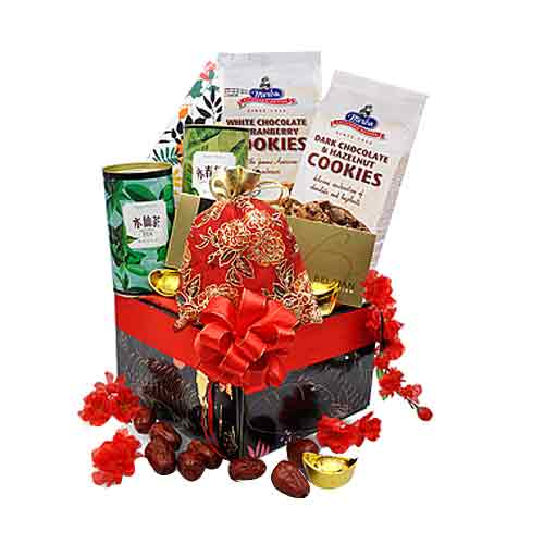 Adorable Gourmet Heaven Gift Hamper