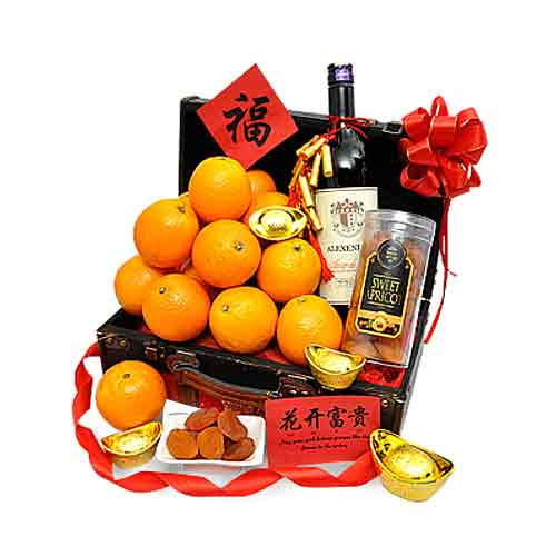 Ravishing Turn Their Head Gift Hamper