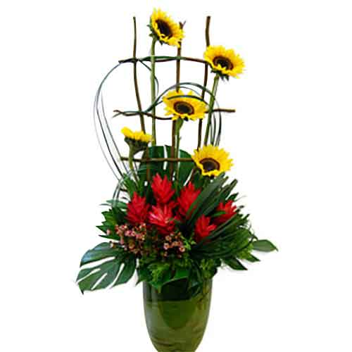 Eye-Catching Mix Selection of Sunflower N Ginger Flowers