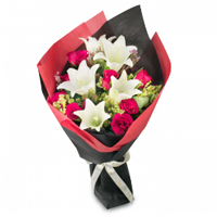 Beautiful N Vivid Roses N Lilies Bunch