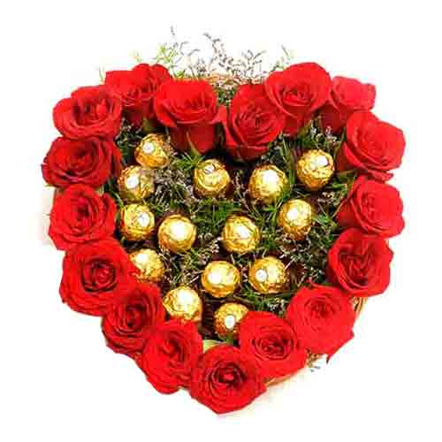 Passionate All For You Heart Shape Red Roses Arrangement
