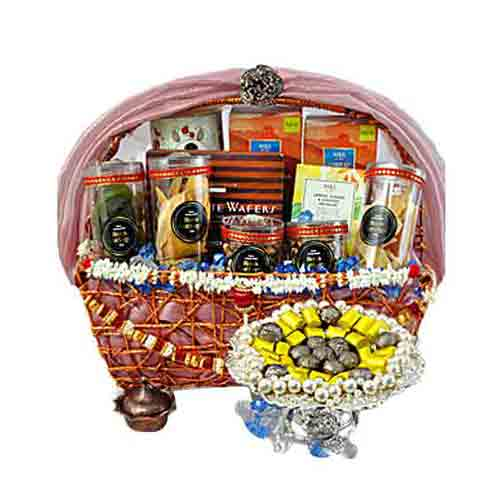 Creative Diwali Gift Set of Chocolates N Goodies