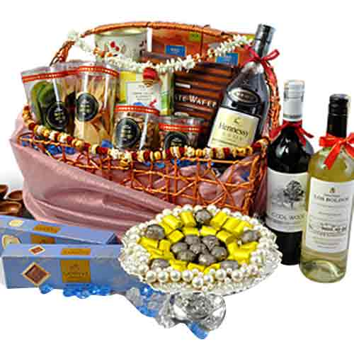 Heavenly Full Enjoyment Deepawali Gift Hamper