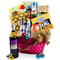 Artistic Luxury Wine Basket with Dine Assortment