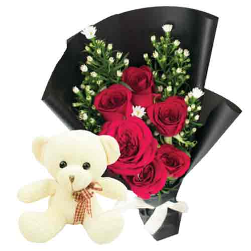 Fancy Gift of Teddy Bear with Red Roses Bunch