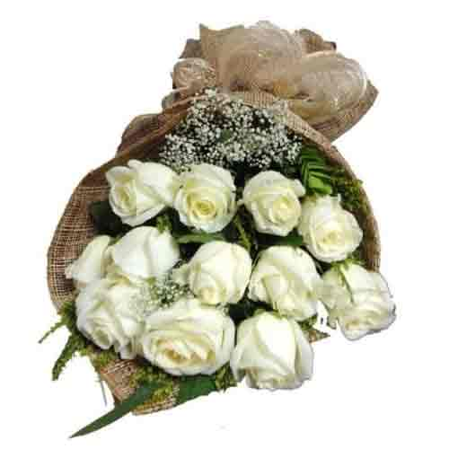 Fresh White Color Roses Bunch