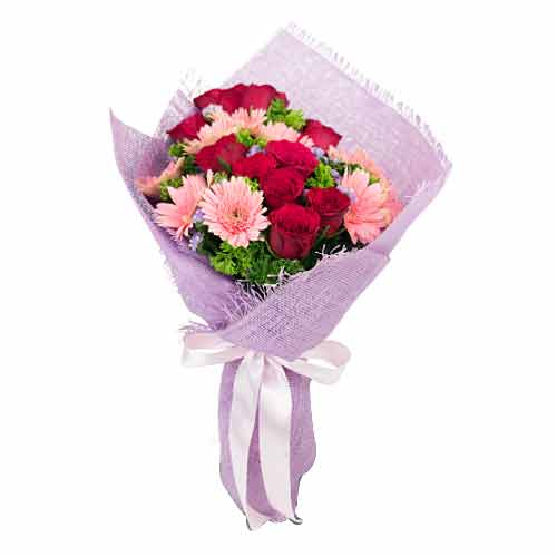 Lovely Pink Gerberas �N �Pink Roses Bunch