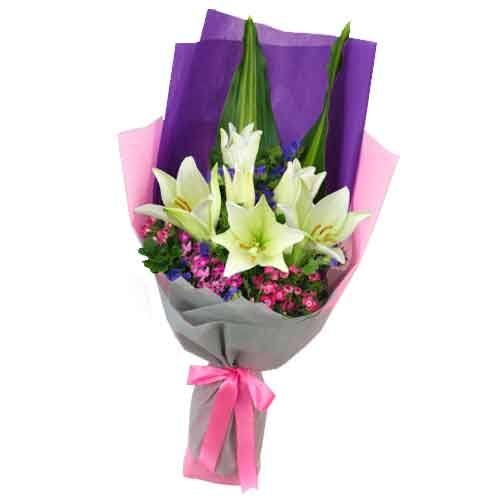 Exquisite Bunch of Lilies with Green Foliage