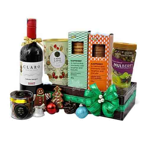 Luxurious Gourmet Delight Gift Hamper